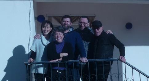 Tiziana, Mariapalma, Goffredo, don Massimo e don Giovanni...don Marco ha scattato la foto.